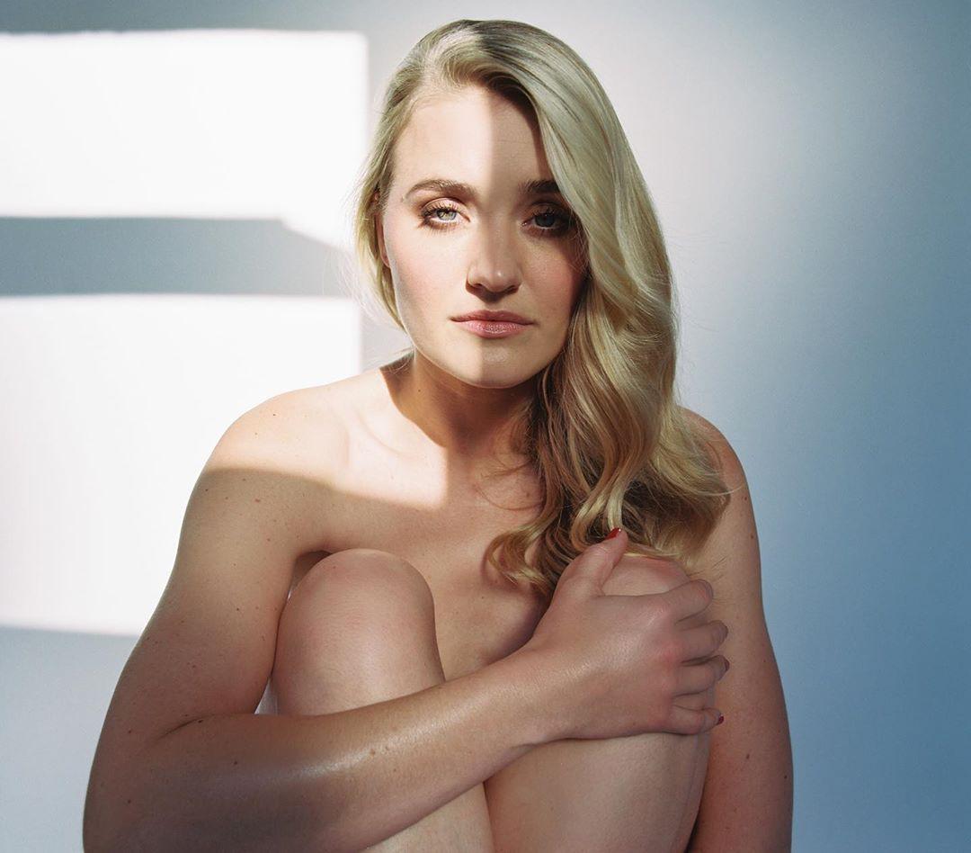 Amanda Aj Michalka Naked