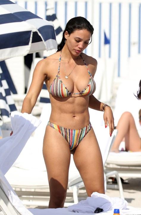 Jessica Ledon Sexy Bikini Body