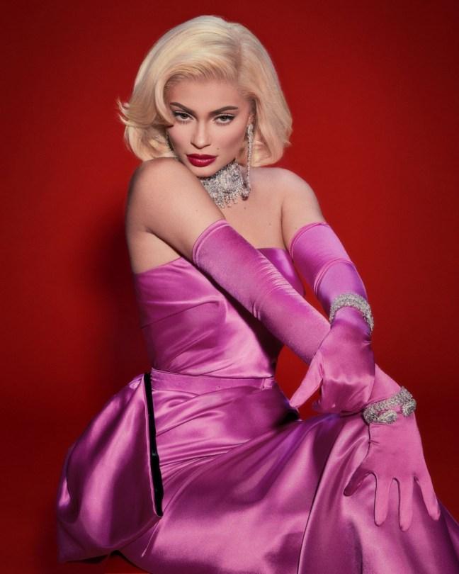 Kylie Jenner Sexy Marilyn Monroe
