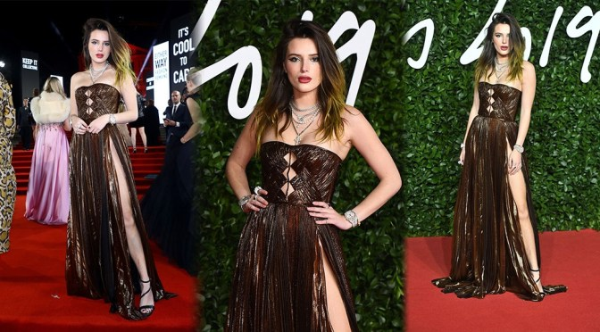 Bella Thorne – Sexy Legs at Fashion Awards in London