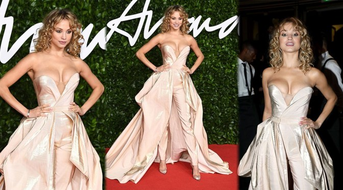 Rose Bertram – Big Boobs in Sexy CLeavage at Fashion Awards 2019 in London