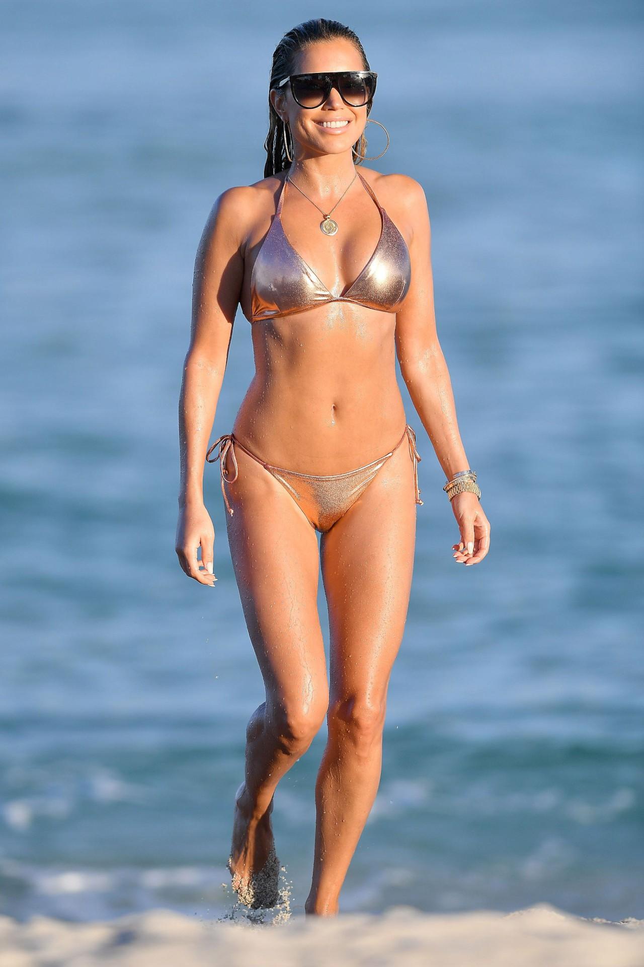 Sylvie Meis Sexy Bikini
