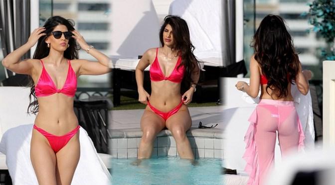 Jasmin Walia – Sexy pink bikini Candids at a Pool in Los Angeles