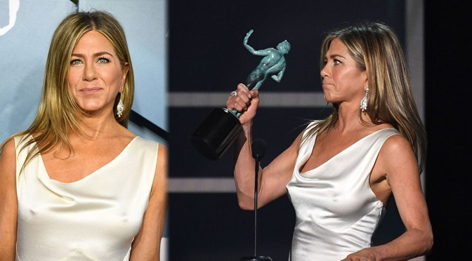 Jennifer Aniston – Big Sexy Pokies at 26th Annual Screen Actors Guild Awards in Los Angeles