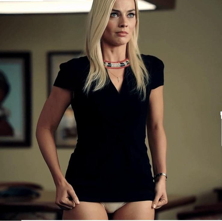 Margot Robbie Upskirt Bombshell