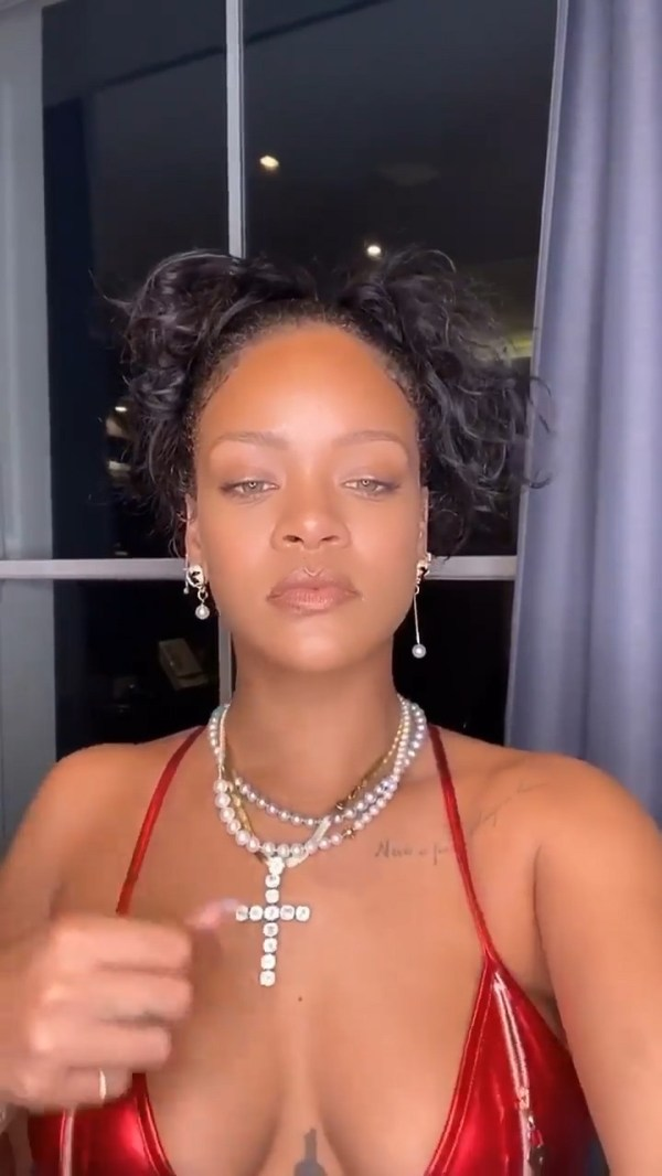Rihanna - Sexy Boobs in Red Bikini Top Video - Hot Celebs Home