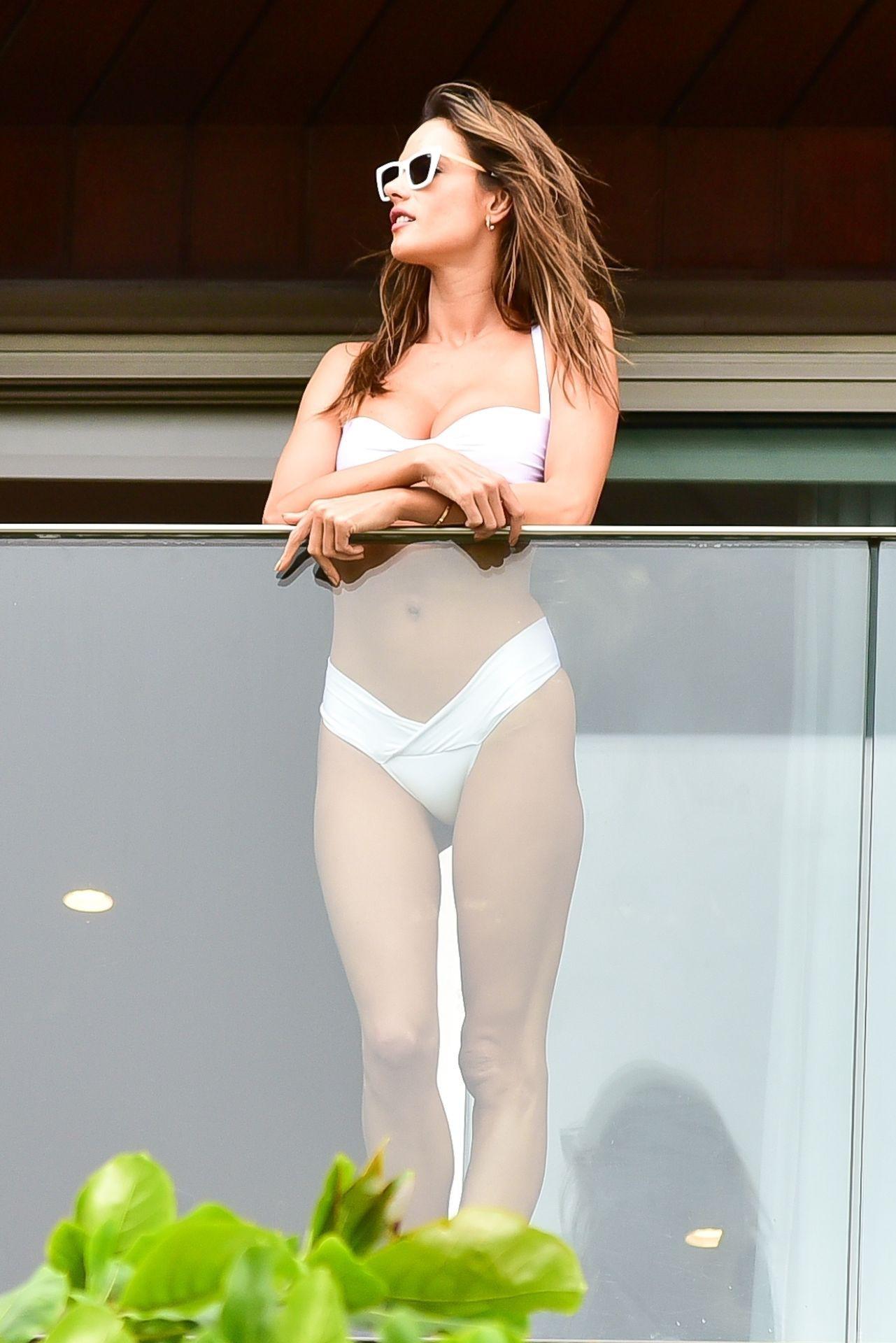 Alessandra Ambrosio Sexy White Bikini