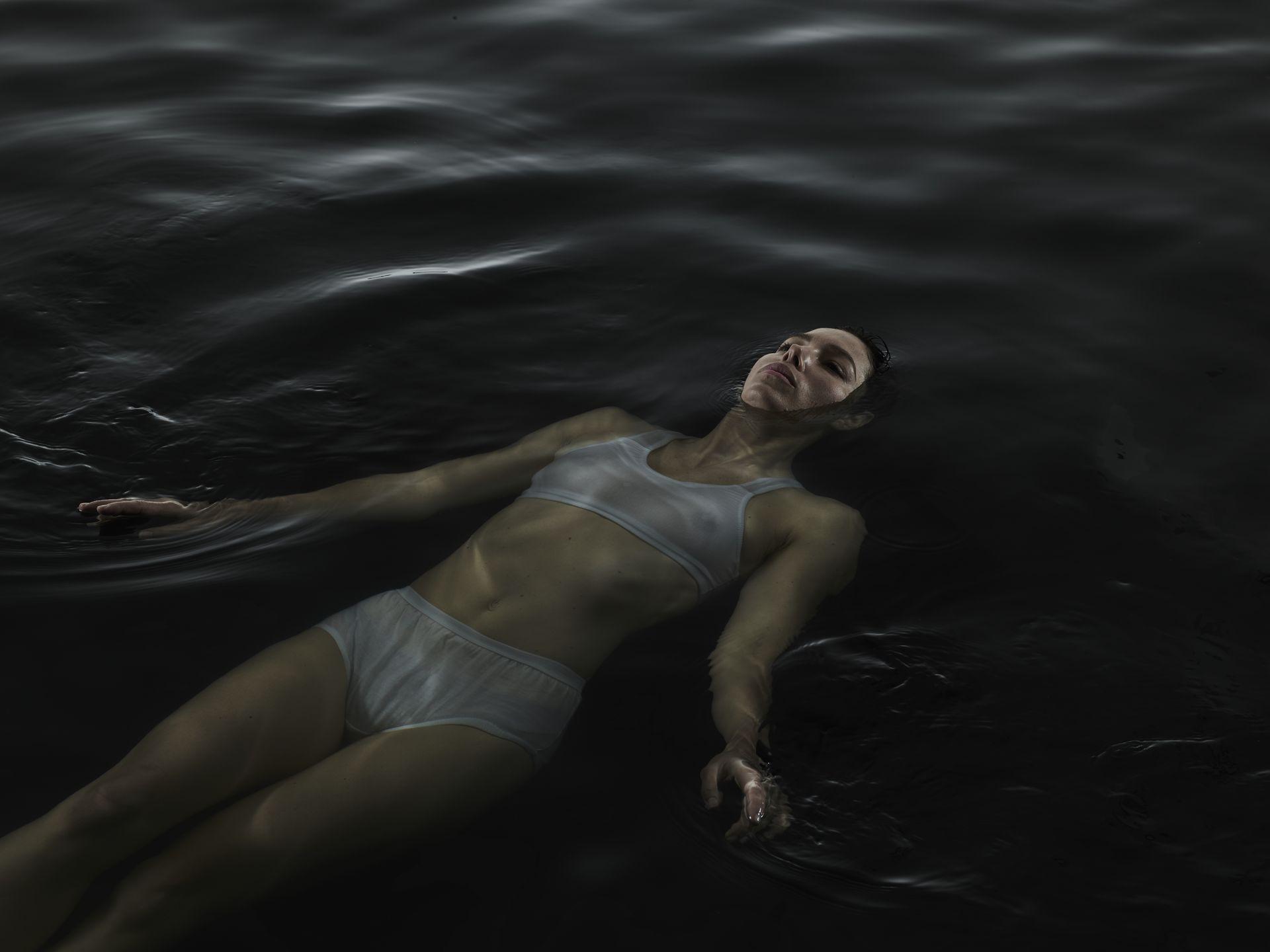 Jessica Biel Sexy Boobs In Wet Top