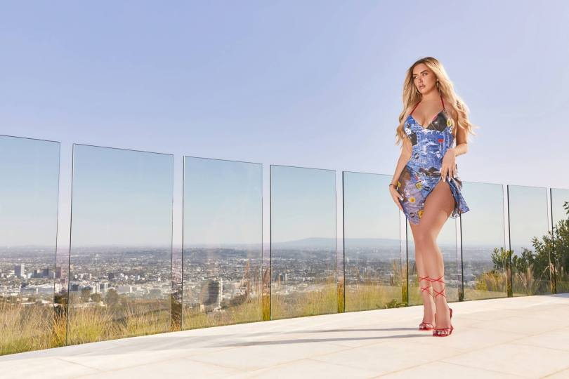 Anastasia Karanikolaou Curvy Body In Sexy Photoshoot