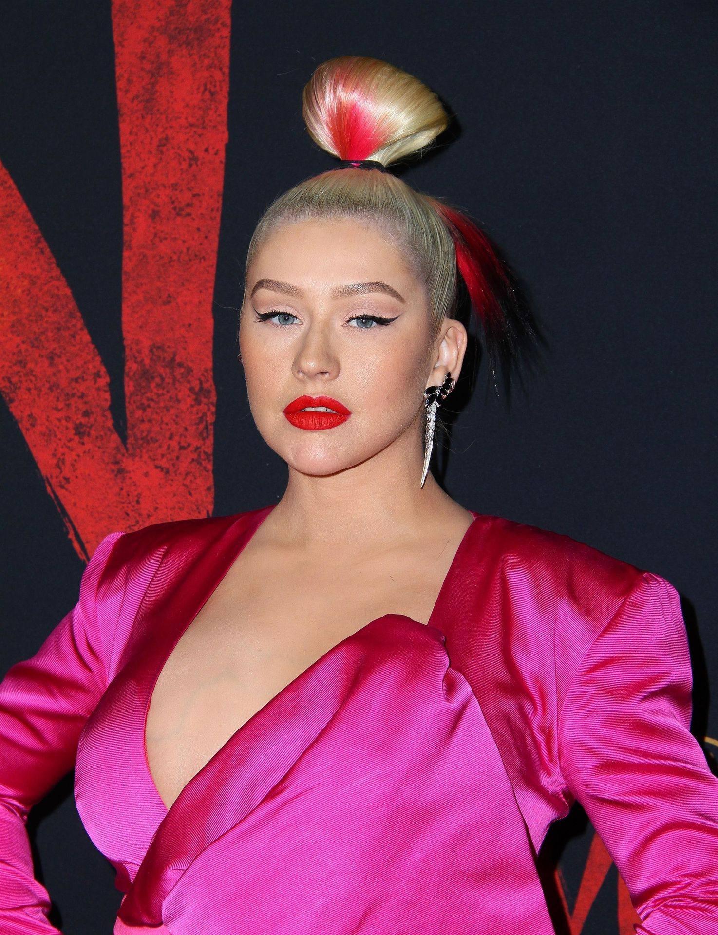Christina Aguilera Sexy Big Boobs