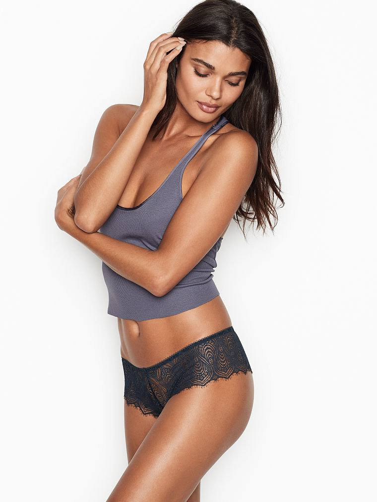 Daniela Braga Hot Body In Lingerie