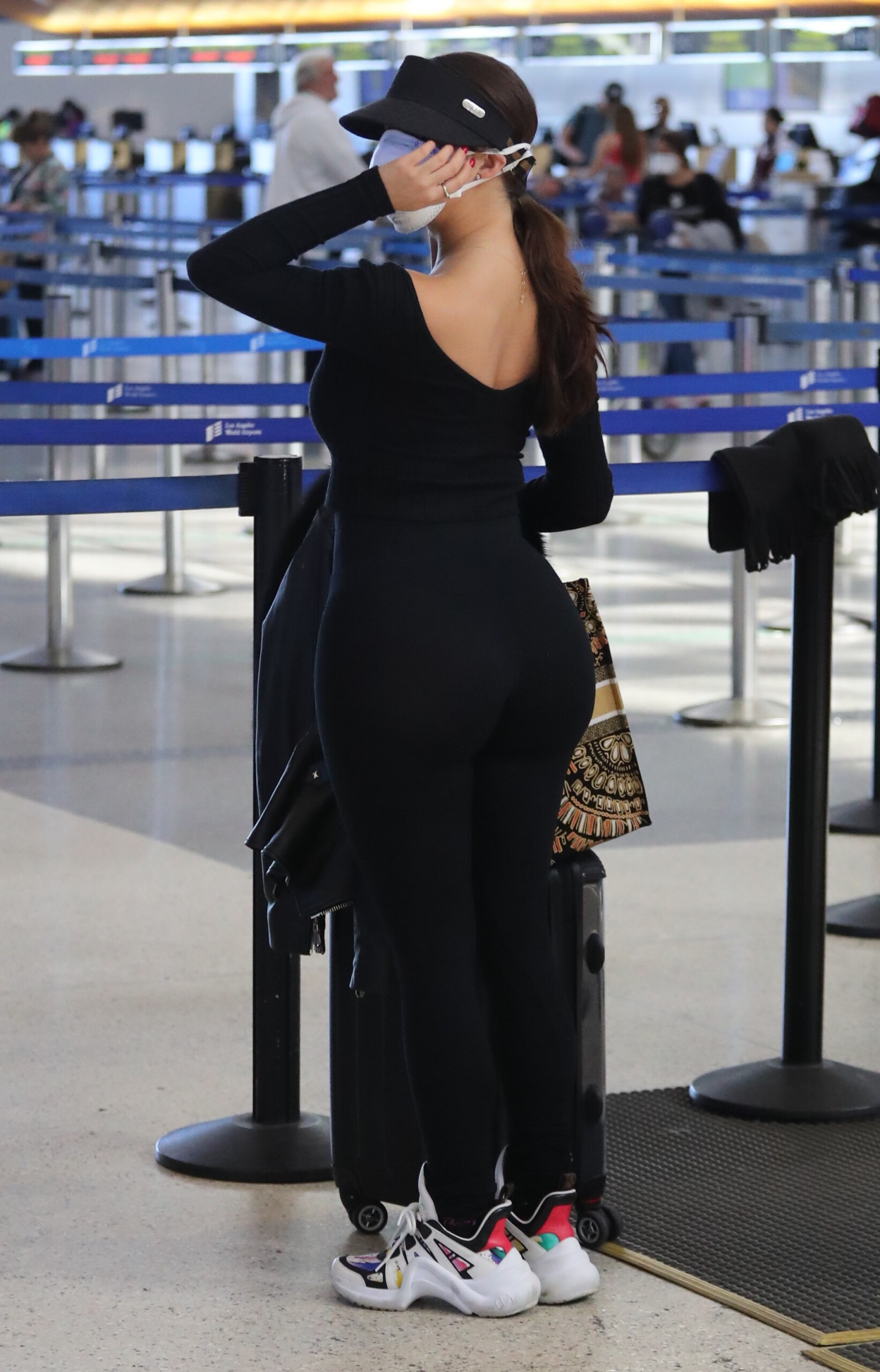 Demi Rose Mawby Huge Ass In Spandex