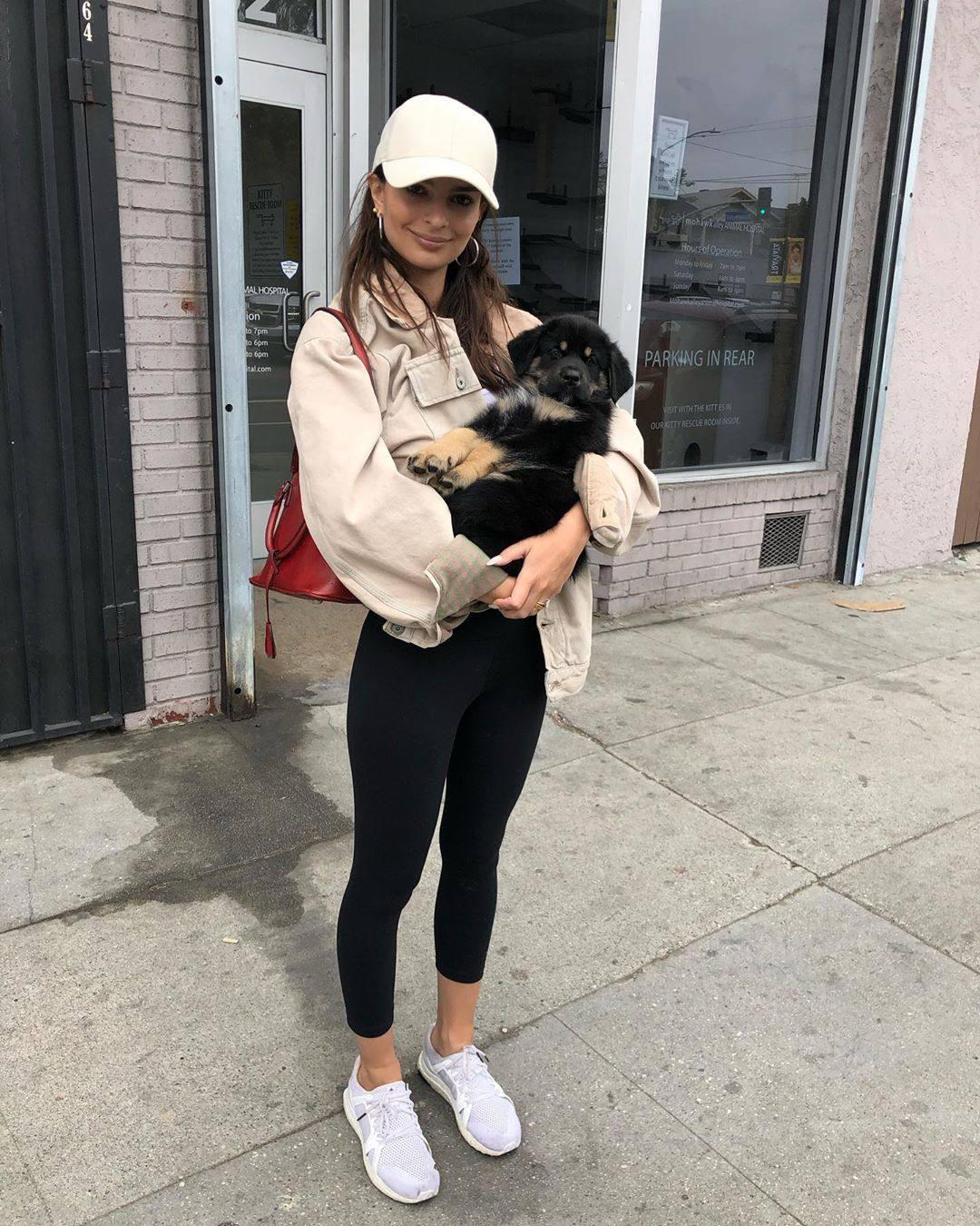 Emily Ratajkowski Sexy With Dog
