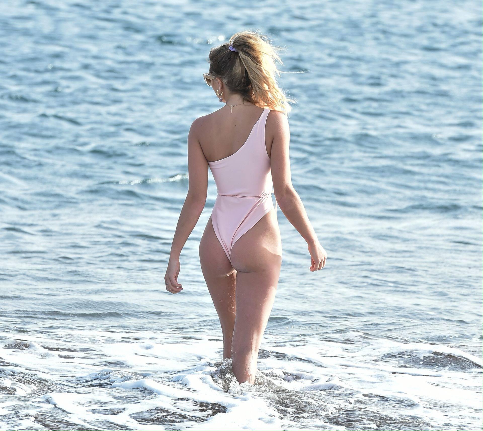 Georgia Harrison Hot Swimsuit