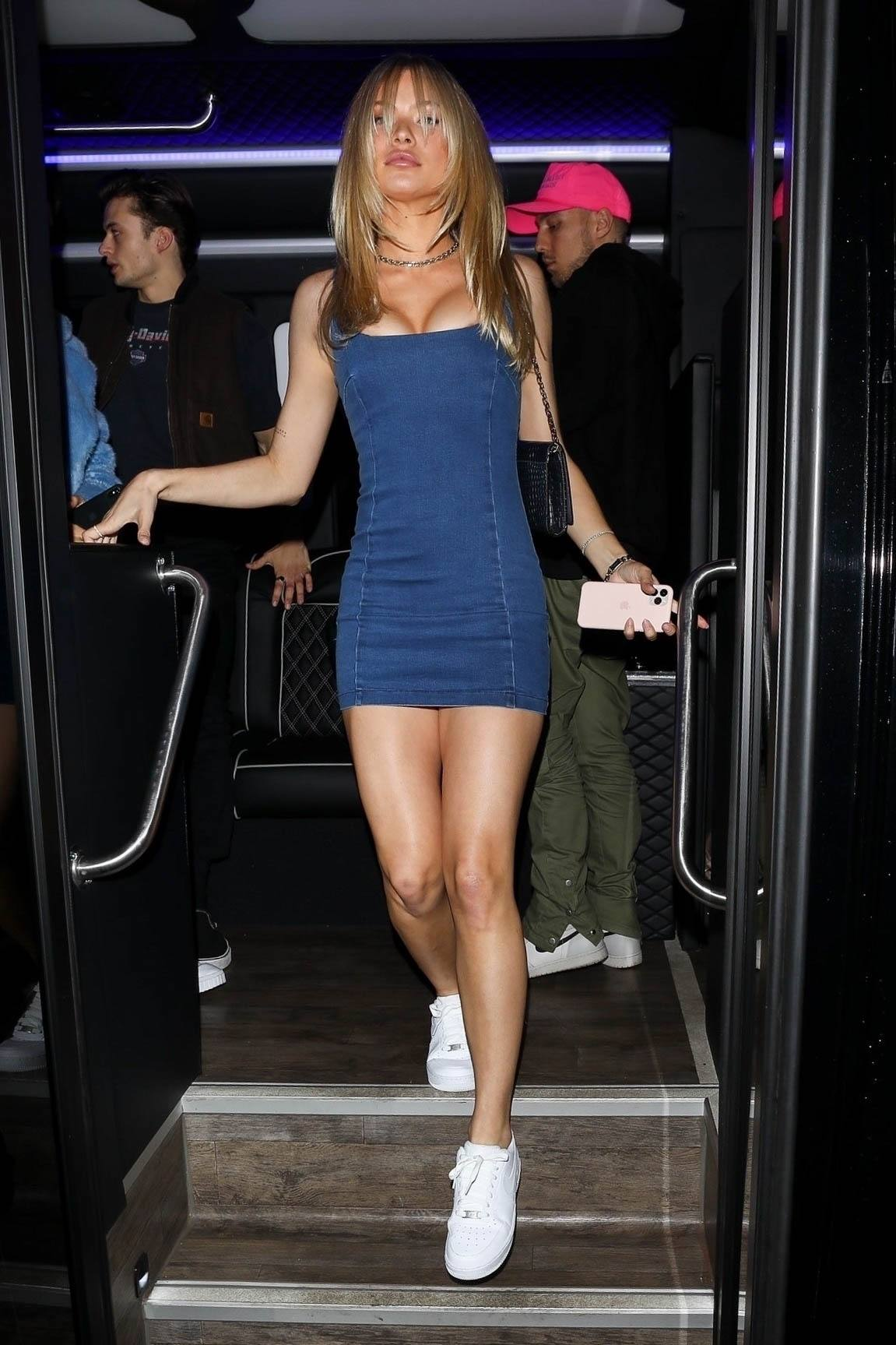Josie Canseco Big Cleavage In Short Dress