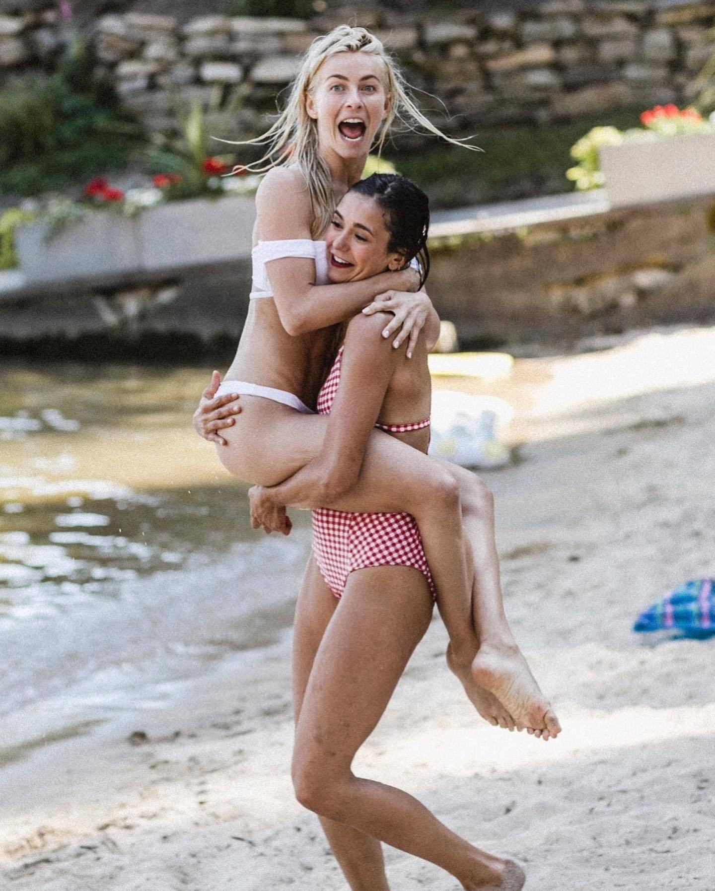 Julianne Hough Nina Dobrev In Bikinies