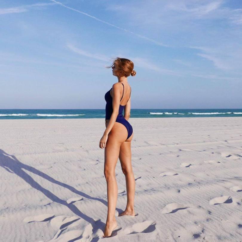 Kimberley Garner Hot Swimsuit Pics
