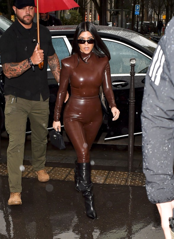 Kourtney Kardashain Hot Body In Latex