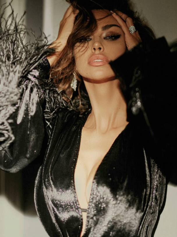 Madalina Ghenea Hot Body