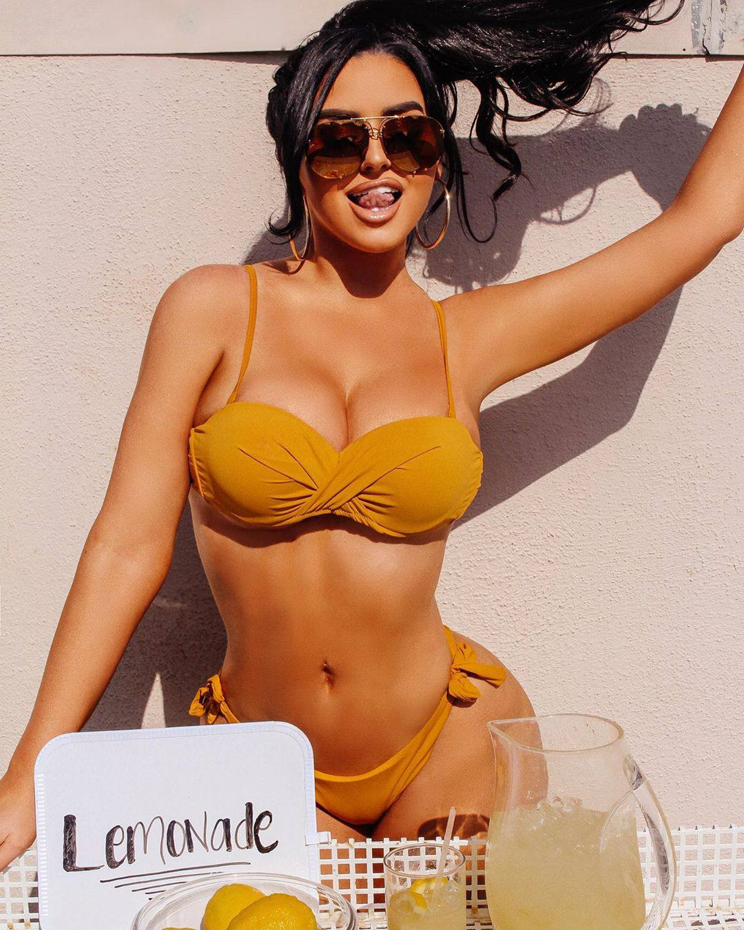 Abigail Ratchford Sexy