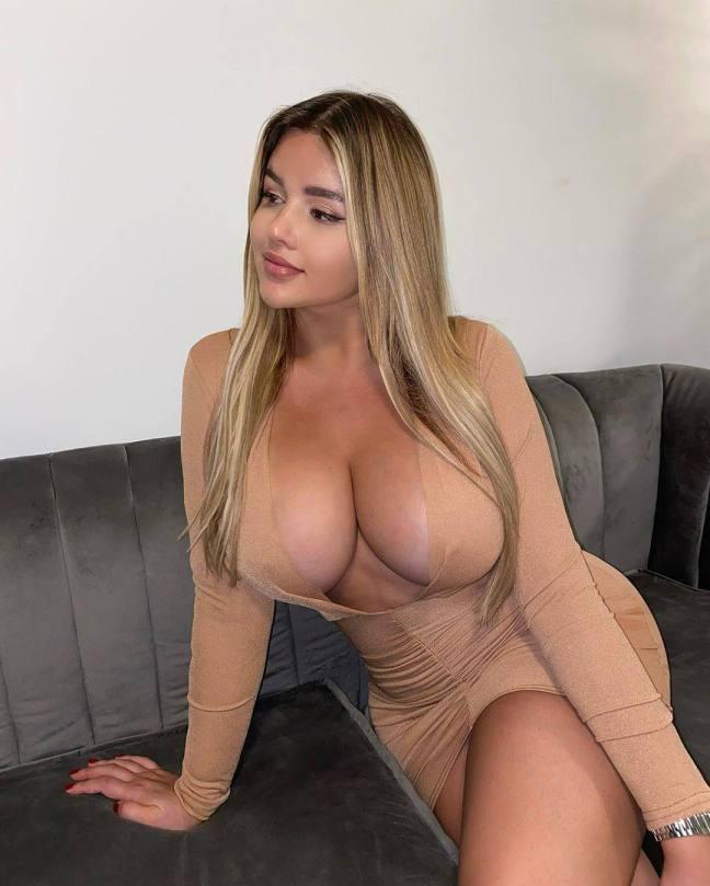 Anastasia Kvitko Huge Braless Boobs In Revealing Dress