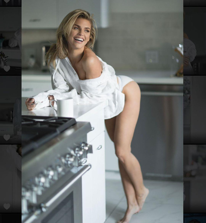 Annalynne Mccord Sexy Legs
