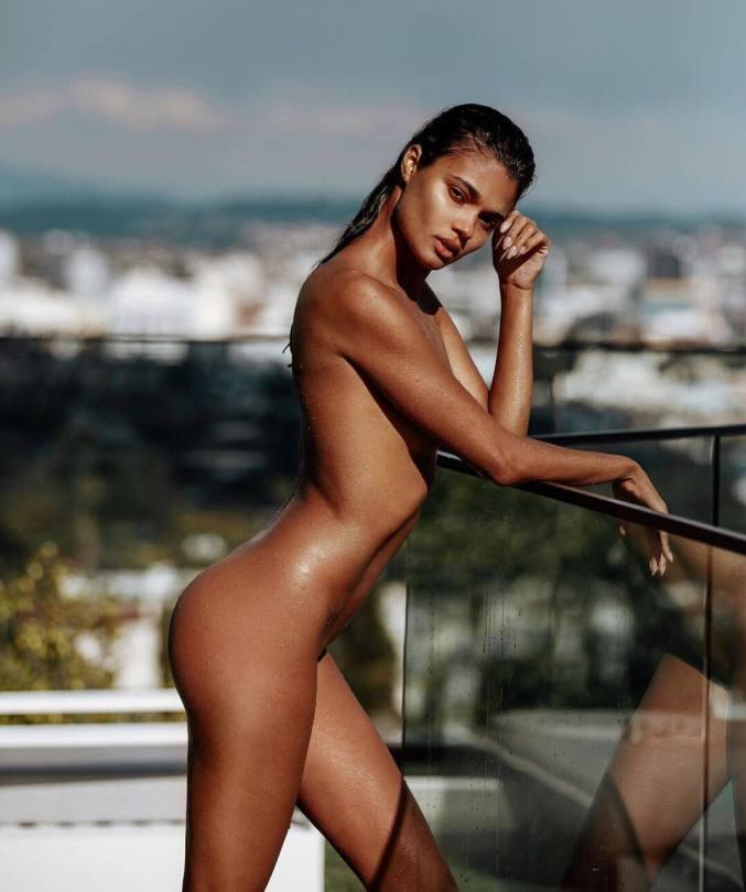 Daniela Braga Sexy Naked Photos