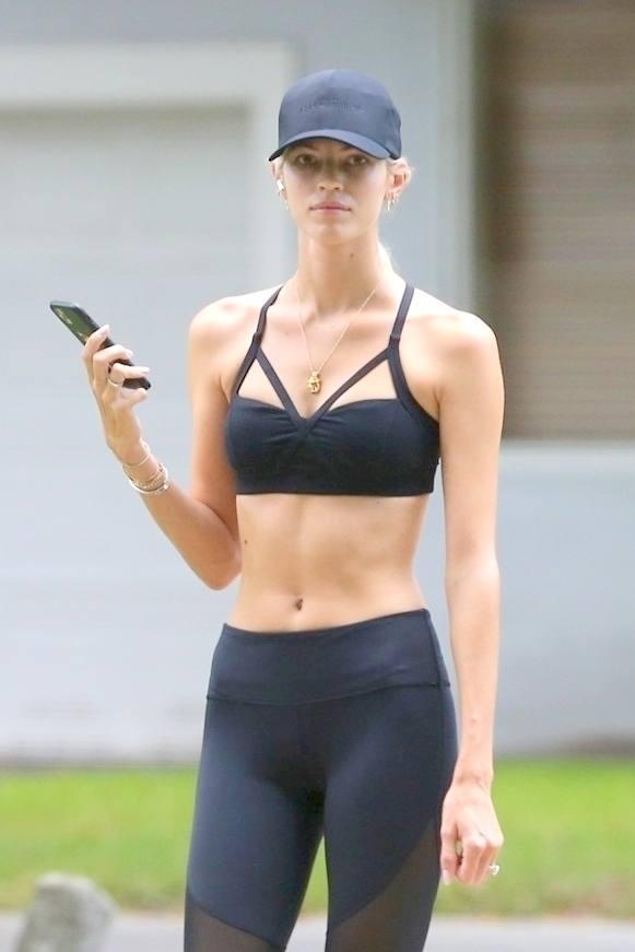 Dewon Windsot Sexy Fit Body