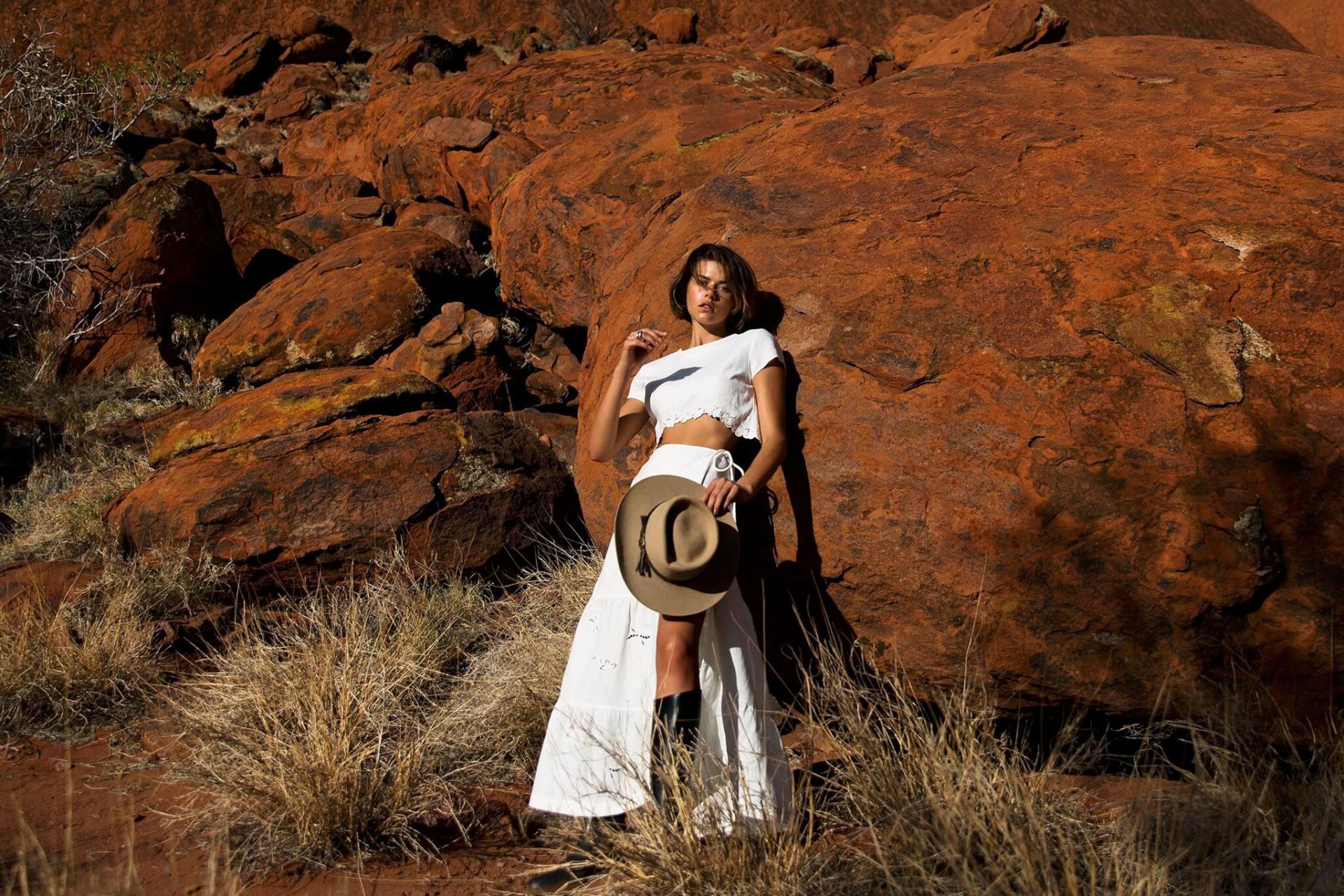 Georgia Fowler Sexy Nippy Photoshoot
