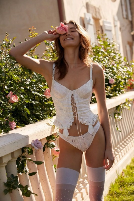 Grace Elizabeth Beautiful In Lingerie