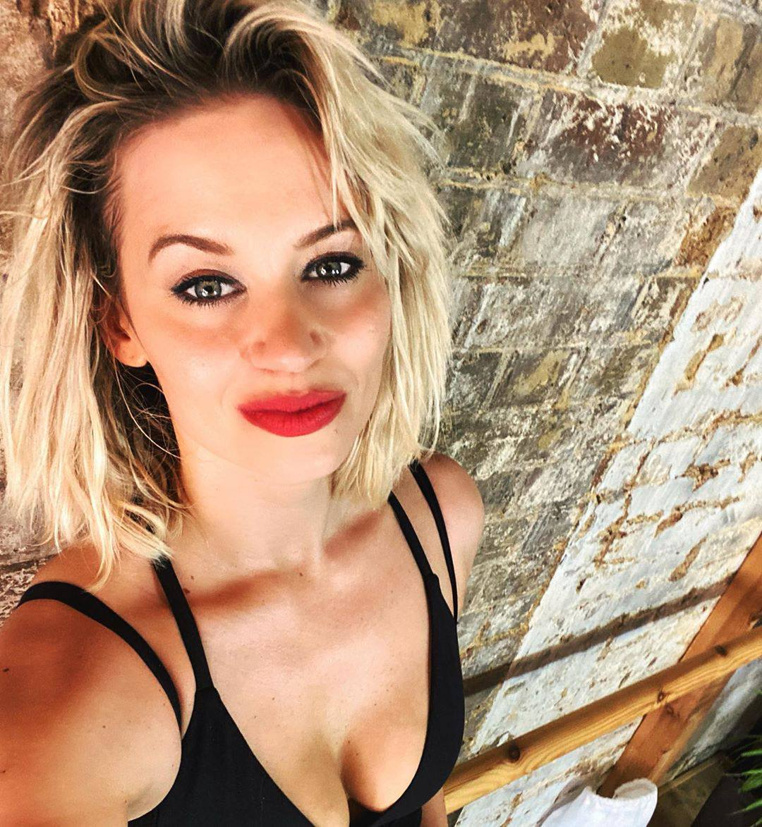 Kimberly Wyatt Sexy Boobs In Cleavage