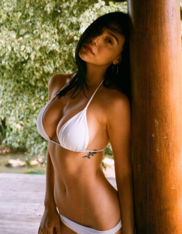 Alexis Ren Hot Body In White Bikini