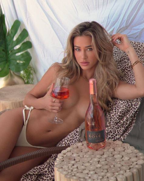 Cindy Prado Topless