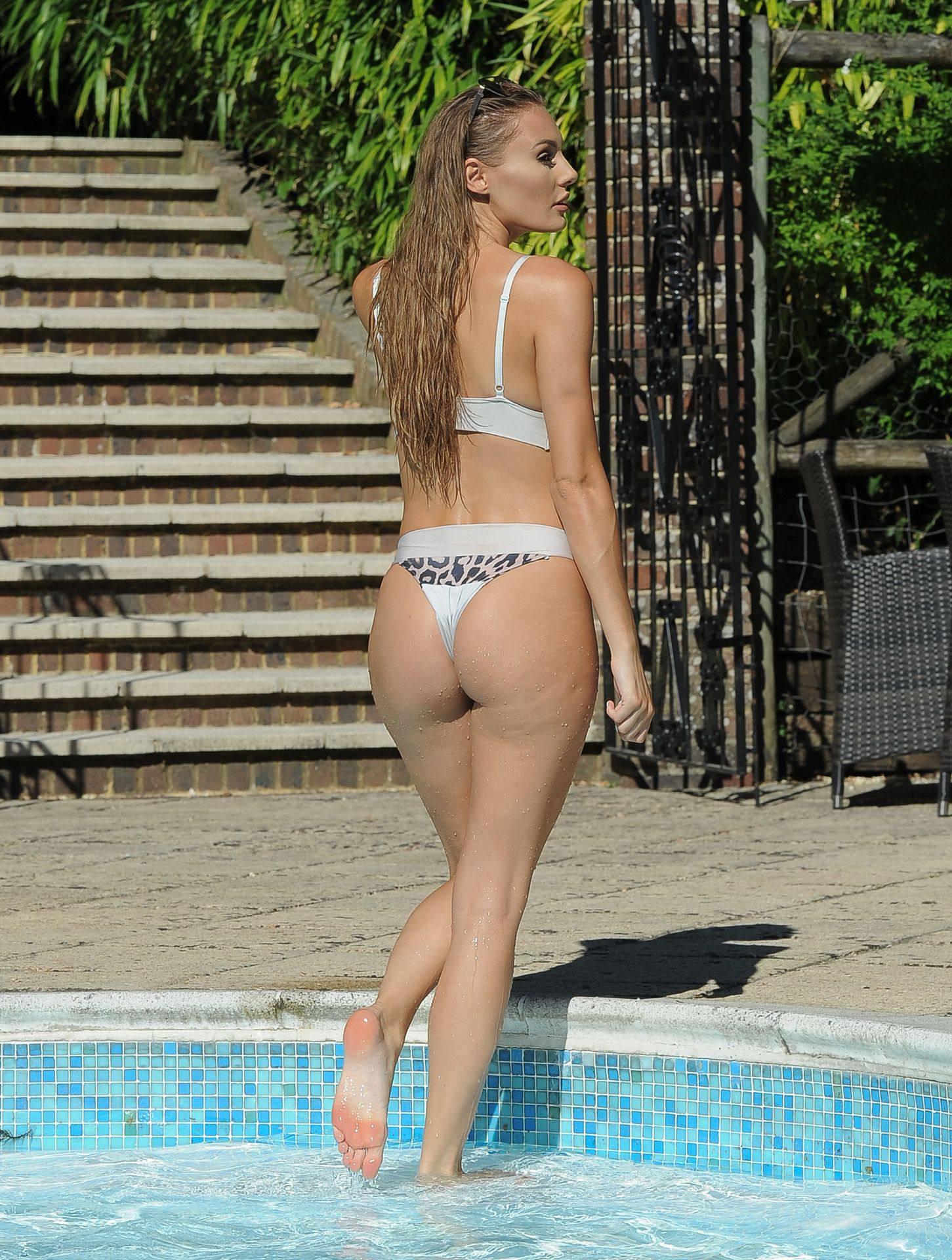 Georgia Clarke Sexy In Bikini