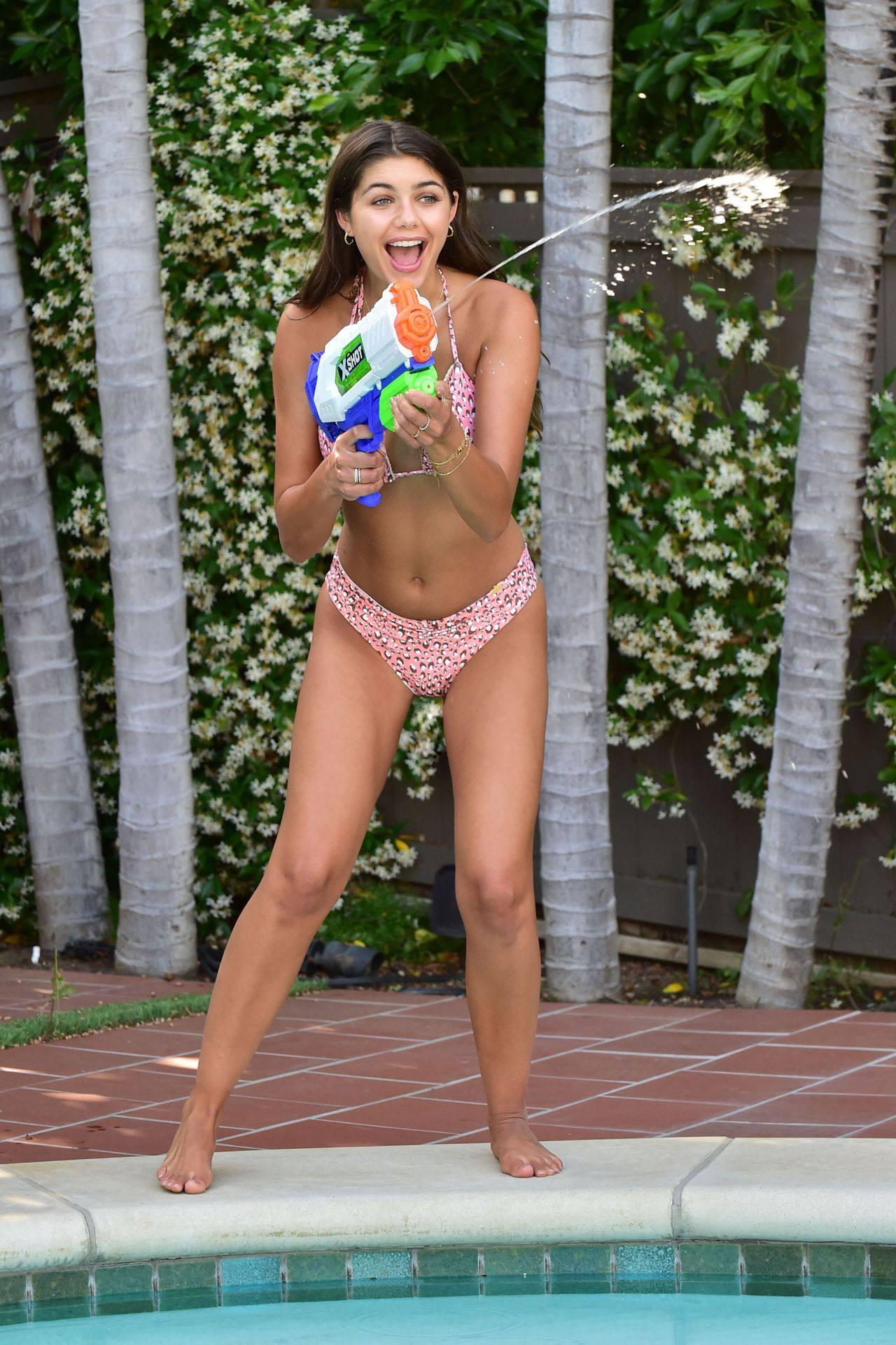 Hannah Ann Sluss Sexy In Bikini