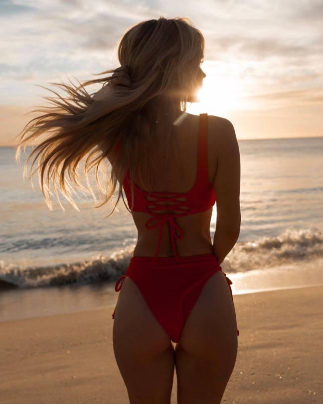 Hilde Osland Sexy In Bikini