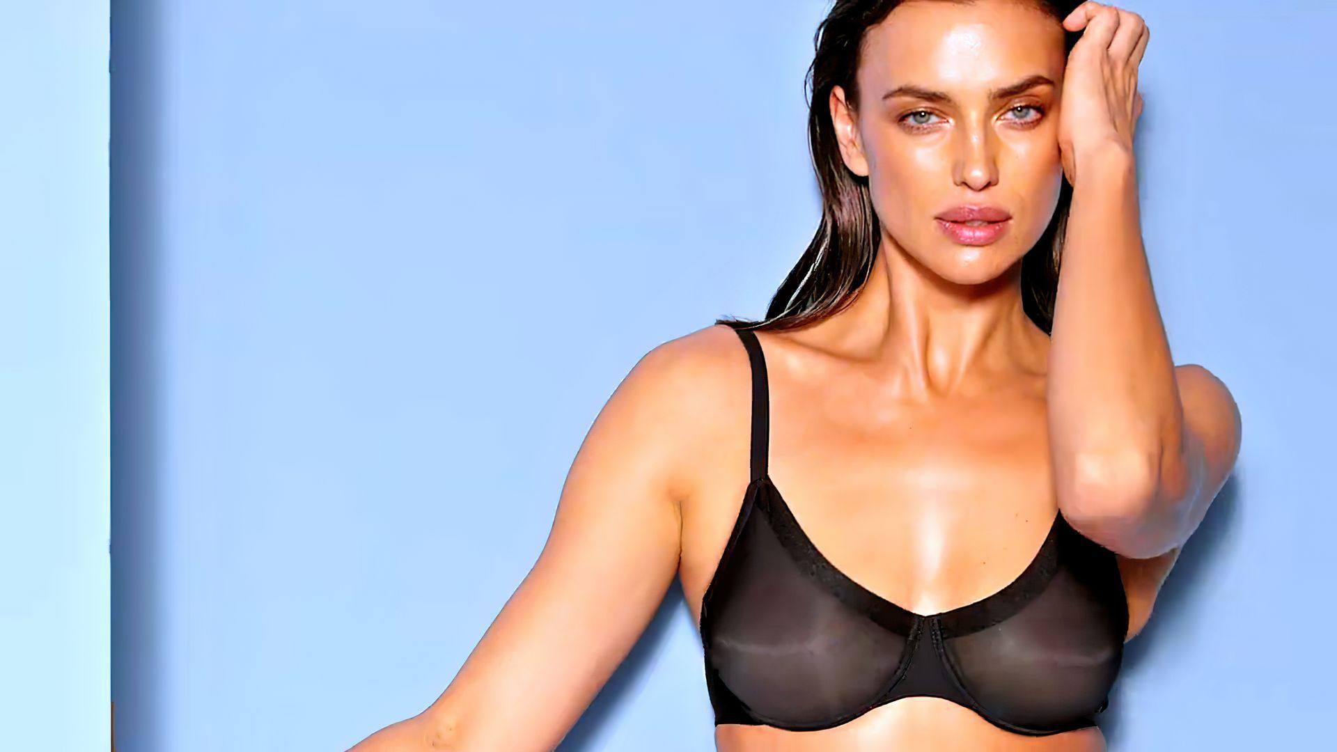 Irina Shayk Hot In Black Lingerie
