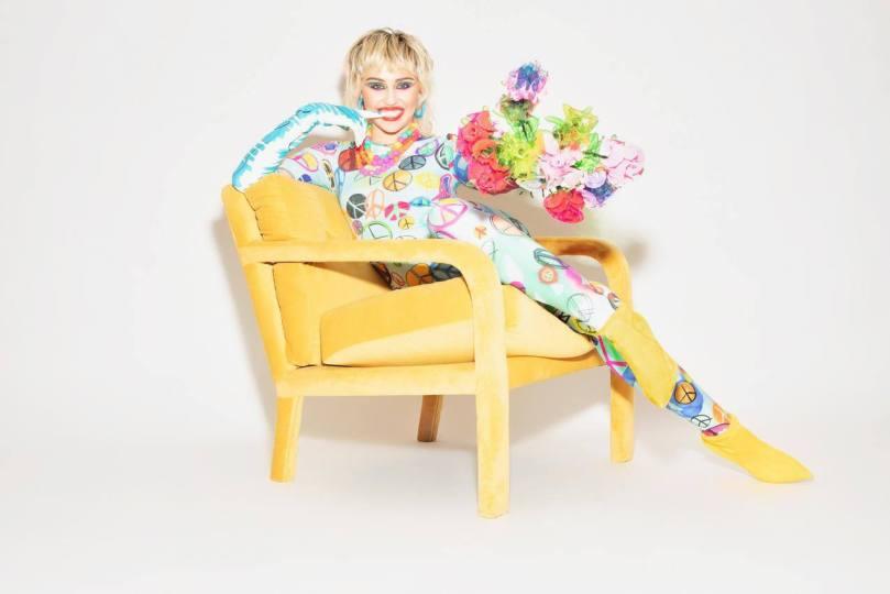 Miley Cyrus Beautiful Photoshoot