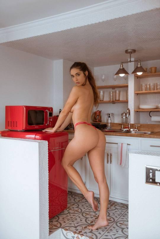 Natalie Roush Sexy Braless Boobs