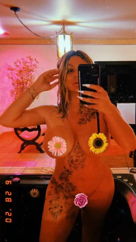 Aubrey Oday Naked Big Tits