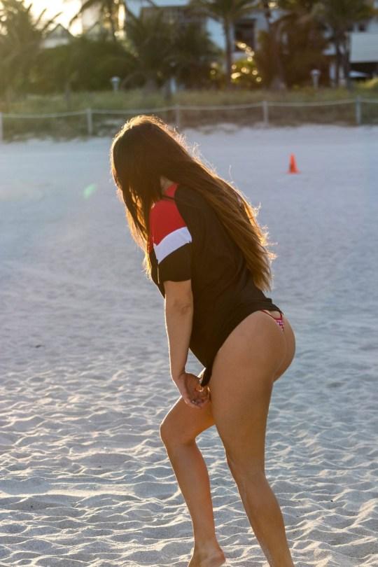 Claudia Romani Sexy In Thong