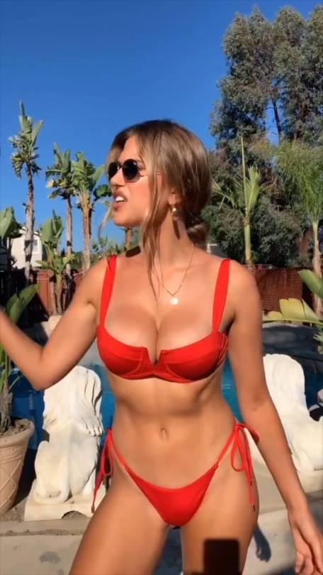 Kara Del Toro Hot Bikini Pics