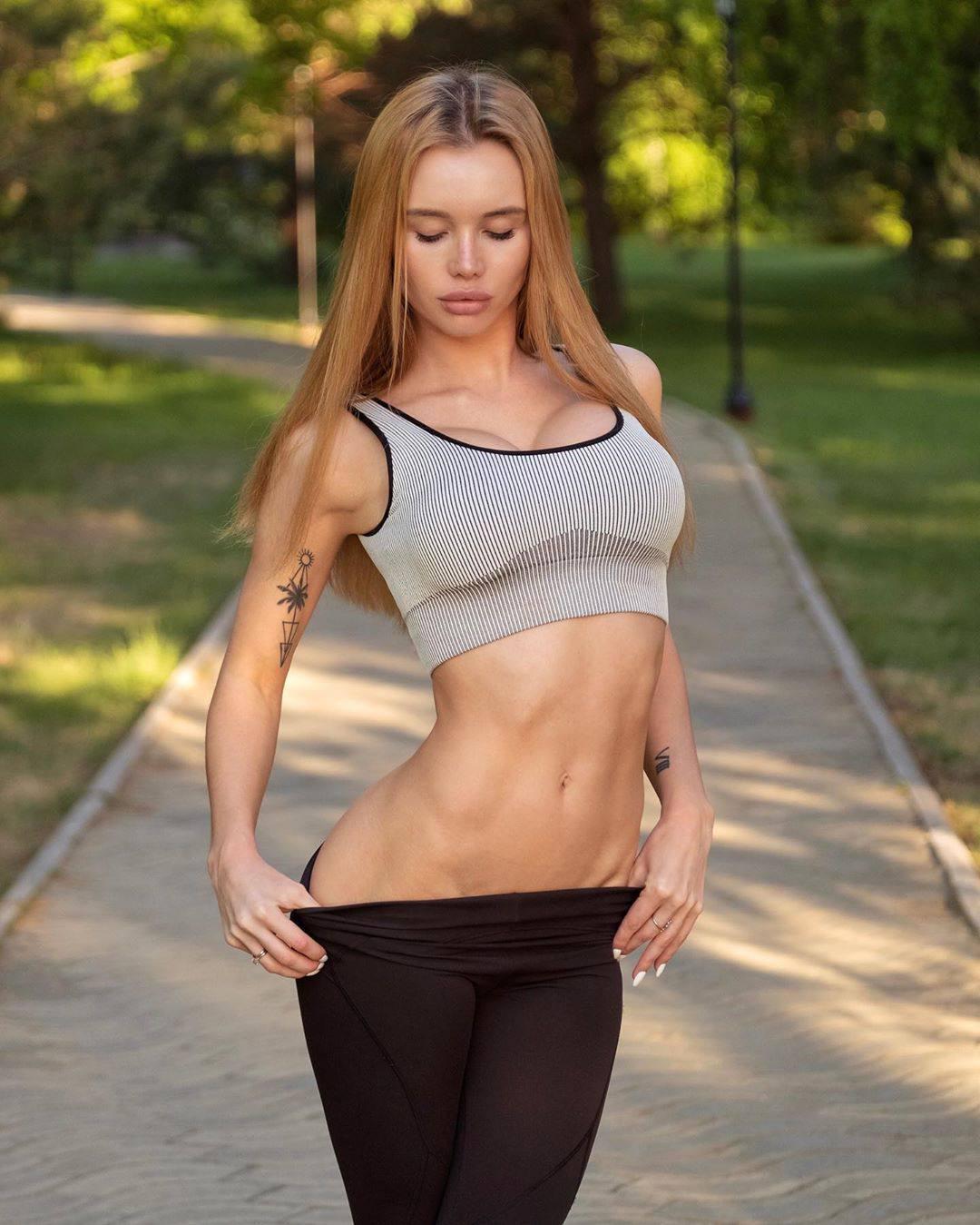 Olya Abramovich Sexy Body