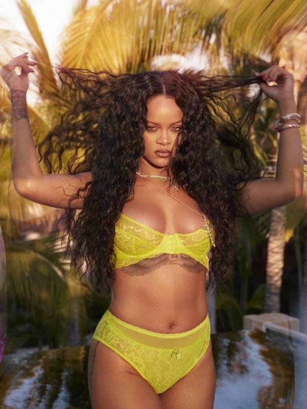 Rihanna Hot In Lingerie