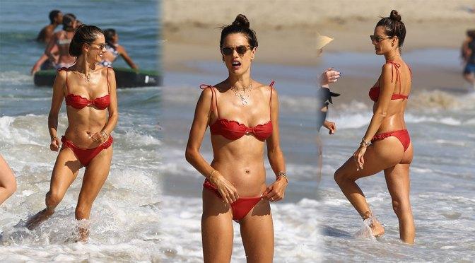 Alessandra Ambrosio Fantastic Bikini Body