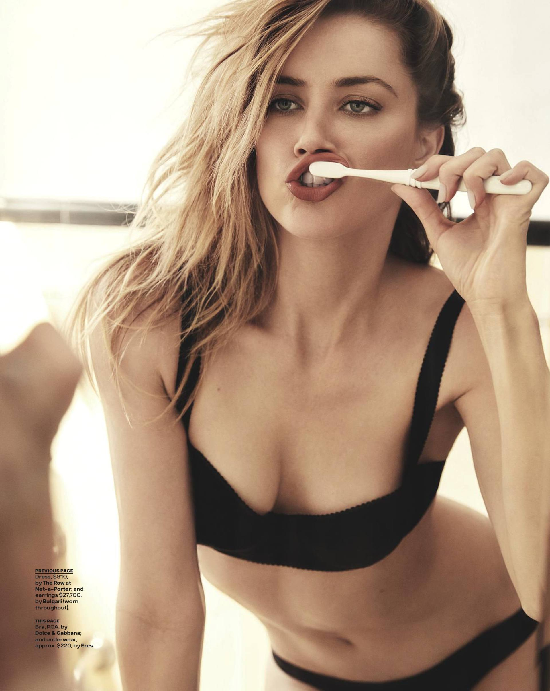 Amber Heard Sexy In Lingerie