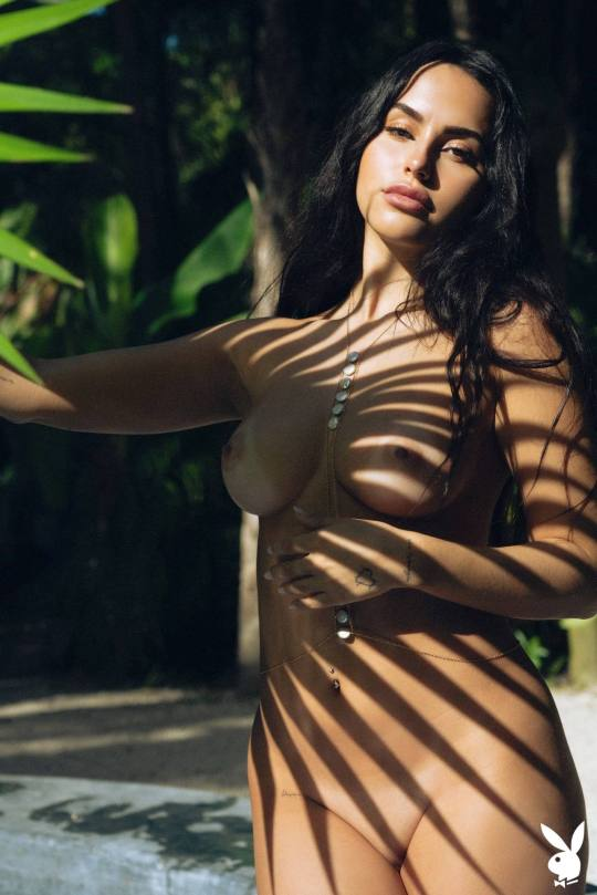 Claudia Tihan Naked