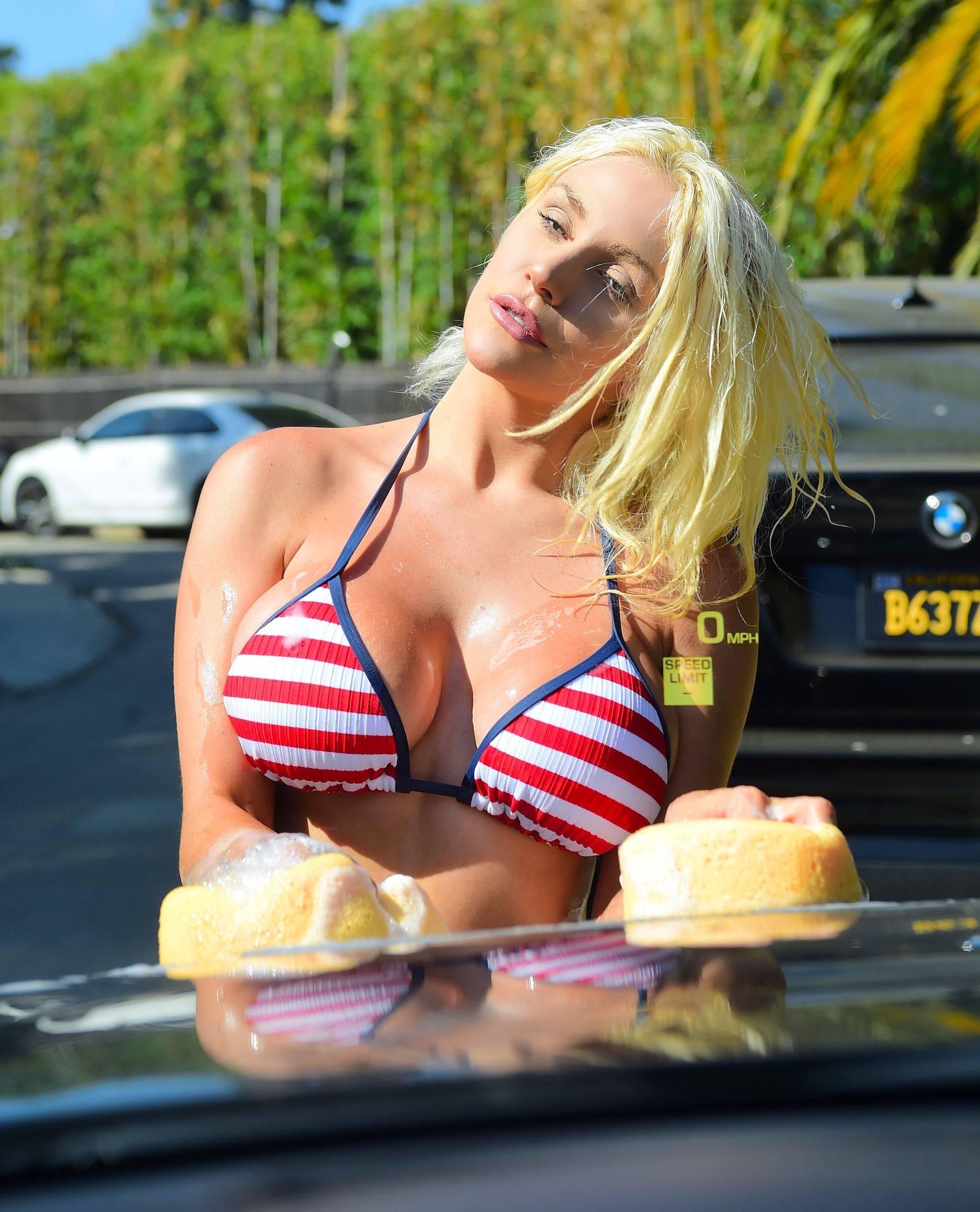 Courtney Stodden Huge Breasts