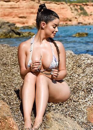 Demi Rose Mawby Beautiful Breasts