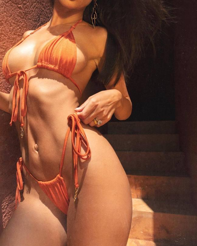 Emily Ratajkowski Hot Tiny Bikini